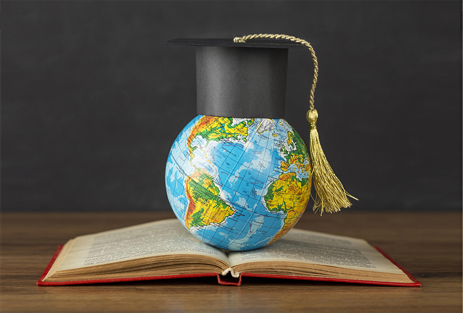 10 reasons that will spark you to study abroad